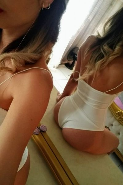 Nathalie Reina De La<br/>Sion
